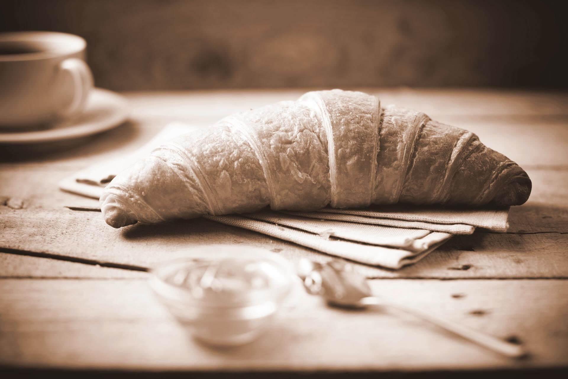 Theo's Bonn - Süßes Gebäck - Croissant
